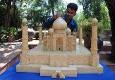 Taj Mahal feito com palitos de fósforo.