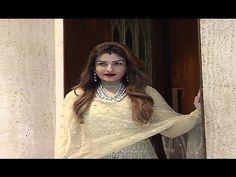 Kajol & Raveena Tandon At Manish Malhotra's 51st Grand Birthday Bash.