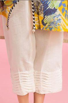 Neckline Designs, Kurti Neck Designs, Kurta Designs Women, Pakistani Dresses Casual, Pakistani Dress Design, Shadi Dresses, Stylish Dresses For Girls, Stylish Dress Designs, Baby Frocks Designs