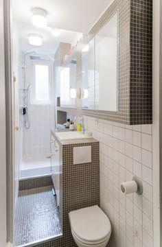 Optimisation de l'espace dans une mini salle de bain  http://www.homelisty.com/mini-salle-de-bain/