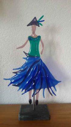 Fused Glass Art, Glass Wall Art, Girl In Rain, Glass Fusion Ideas, Cinderella, Christmas Ornaments, Disney Princess, Holiday Decor, Tiffany