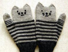Down Cloverlaine: Kitten Mittens