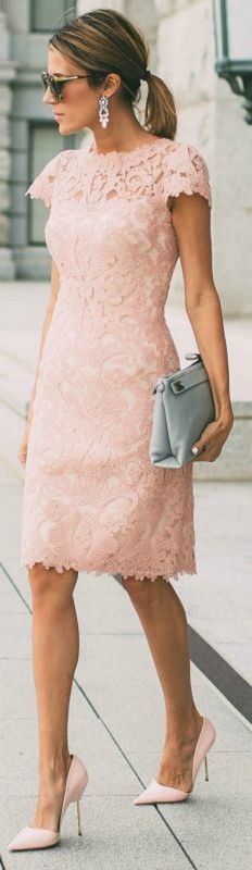 2017 Elegant Mother of Bride Dress Pink Sheath Lace Knee-length Mother of Groom Dress Trendy Dresses, Nice Dresses, Casual Dresses, Short Dresses, Fashion Dresses, Casual Outfits, Fashion Clothes, Summer Outfits, Fashion Shoes