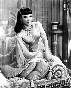Anne Baxter as Nefretiri in The Ten Commandments (1956).