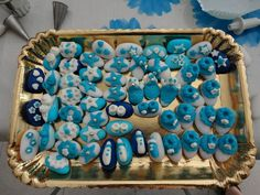 Confetti battesimo decorati con pasta di zucchero, da confezionare come singole porzioni (5 o uno su 5) o piccoli centrotavola
