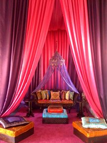 Arabian Nights theme decor and furniture rentals www.joesprophouse.com