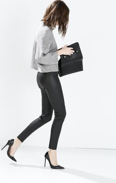 MINIMAL + CLASSIC | grey top | tight black leather trousers | high heels + clutch