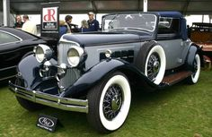 1932 Reo Royale Convertible Coupe - the Reo car was in it's day was a fantastic car. It was also expensive. This car was built very well, with a big straight eight engine. My young parents drove a car exactly like this one here - in 1945! How gangster cool was that? VERY!