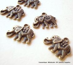 Hey, I found this really awesome Etsy listing at https://www.etsy.com/au/listing/291137159/30-bulk-elephant-antiqued-bronze-charms