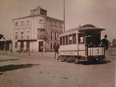Tranvía a Chamartín de la Rosa, por lo que ahora es la Plaza de Castilla. Al fondo, el famoso Hotel del Negro