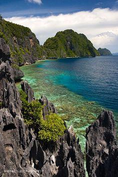 Matinloc Island, the Phillipines
