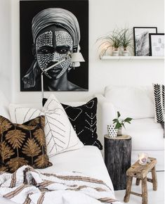 home decor eclectic SKOVBON TRIBAL CUSHION COVER Skovbon eclectic home space black and white Bali decor inspired craft with mandala pattern Nordic bohemian pillows throws tables light Tribal Bedroom, Bali Bedroom, Bedroom Decor, Light Bedroom, Bali Decor, Style Bali, Danish Living Room, Boho Chic, Rustic Bedroom Design