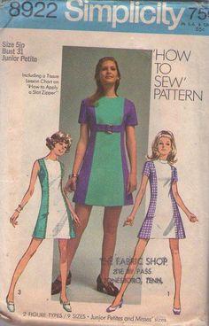 MOMSPatterns Vintage Sewing Patterns - Simplicity 8922 Vintage 70's Sewing Pattern THE BEST Super Cute How to Sew Mod Twiggy Dress, Contrast Color Block Front Panel, Belt Size 5JP