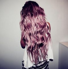 rose metallic hair...i told you its not a weird hair style! and mine is prettier hehe