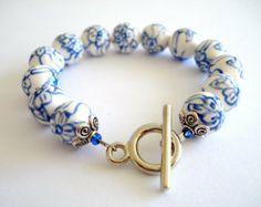 Witte Delfts blauwe keramiek armband.