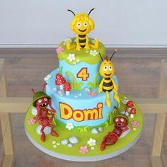 Maya Bee - Cake by Agnieszka - Cookies Cake new - kuchen kindergeburtstag Bee Birthday Cake, Bee Cakes, Cake Pops, Cake Cookies, Cupcakes, Bee Party, Homemade Muesli, Tray Bakes, Cake Designs