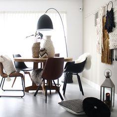 home decor inspiration Decorating Your Home, Interior Decorating, Interior Design, Diy Home Decor Projects, Home Living Room, Home Decor Inspiration, Villa, Home Furniture, Architecture
