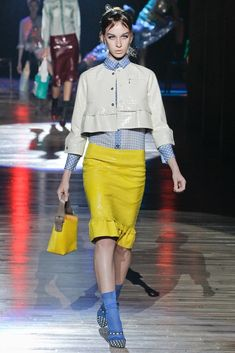 Marc Jacobs Spring 2012 Ready-to-Wear Fashion Show - Katrina Hoernig