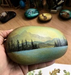 trendy ideas painting rocks kids diy etsy diy painting looking for some easy painted rock ideas to get inspired by see more ideas about rock crafts painted rocks and stone crafts rockpainting paintedrockideas crafts diy Rock Painting Patterns, Rock Painting Ideas Easy, Rock Painting Designs, Paint Designs, Pebble Painting, Pebble Art, Stone Painting, Diy Painting, Stone Crafts