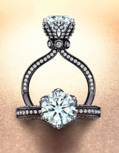 The Queens Jubilee diamond ring by Lee Hwa.