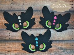 Toothless - dragon - mask - party favor - birthday - pretend play - costume - by FiveLittleBlessings on Etsy https://www.etsy.com/listing/218322130/toothless-dragon-mask-party-favor