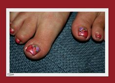 Thulian In Wonderland: Toes with water decals