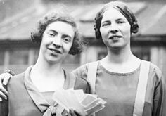 Ida and Louise Cook, English opera-loving women, risked their lives to rescue Jews from the Nazis by traveling back and forth to the Continent.