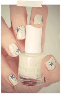 this stars and glitter manicure would be fun for forth of july