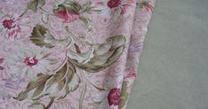 Entra en el blog de costura La Casita de Rosa, y aprende a confeccionar junto a mí las manualidades que voy proponiendo de forma fácil y divertida. Patchwork Bags, Quilts, Blanket, Sewing, Baby Hats, Tela, Handmade Crafts, Shape, Sewing Accessories