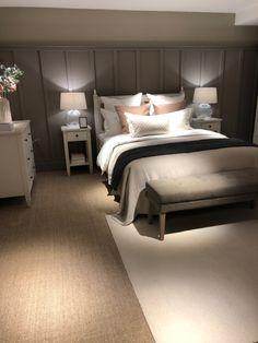 Master Bedroom Grey, Basement Master Bedroom, Oak Bedroom, Master Bedroom Interior, Guest Bedroom Decor, Master Bedroom Makeover, Room Ideas Bedroom, Small Room Bedroom, Guest Bedrooms