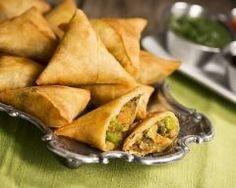 Samoussas à la viande hachée et aux petits légumes (facile, rapide) - Une recette CuisineAZ
