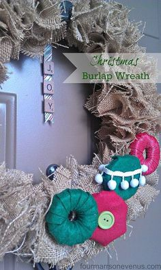 christmas burlap wreath, christmas decorations, crafts, seasonal holiday d cor, wreaths, Enjoy the burlap beaut