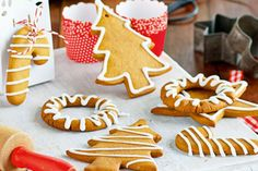 Gingerbread creations - Cakes & Baking - Christmas - Christmas Recipes - Dessert - Food & recipes - Recipes - Special Occasions - New Zealan. Christmas Desserts, Christmas Baking, All Things Christmas, Christmas Christmas, Christmas Recipes, Cold Cake, Impressive Desserts, Lemon Icing, Square Cake Pans