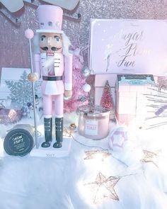 Snow fairy ❄️ #lovepink #pink #lush #fashion #winteraesthetic #audreyhepburn #love #cute #screamqueens #snowfairy #beauty #beautiful #pretty #girly #fancy #pinkwonderland #pastel #snowfairybathbomb #vintage #lavieenrose #arianagrande #pinkchristmas #shabbychic #shopping #glam #vspink #vs #victoriassecret