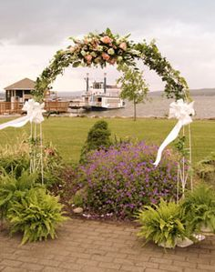 Floral ceremony arch <3