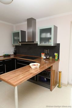 #Kitchen Idea of the Day: Modern Black Kitchens.