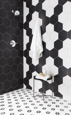 French Home Decor black and white bathroom tile ideas.French Home Decor black and white bathroom tile ideas Hexagon Tile Bathroom, White Bathroom Tiles, Bathroom Tile Designs, Bathroom Flooring, Master Bathroom, Black And White Bathroom Ideas, Small Bathroom, Black And White Backsplash, Black Hexagon Tile