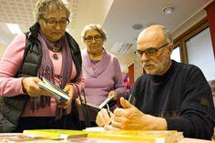 Kevätkokous Ivalossa 2014. Kirjanjulkistamistilaisuudessa kirjailija Seppo Saraspää signeerasi uusinta teostaan Ministerivieralu.  #kirjat #kirjailijat #Lappi