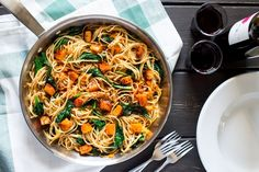 Pumpkin, spinach and walnut spaghetti - Lazy Cat Kitchen
