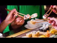 #cosmosbalsam #анизакиды #паразиты #здоровоепитание #рыба  Любителям селёдочки, вяленой рыбы, суши – посвящается  Анизакидоз – это паразитологическое заболевание человека, вызываемое личинками гельминтов из семейства Anisakidae, характеризующееся преимущественным развитием патологического процесса в желудочно-кишечном тракте.  Возбудитель анизакидоза – личиночная стадия гельминтов, относящихся к семейству Anisakidae, роду Anisakis - Anisakis simplex (селедочный червь), роду Pseudoterranova