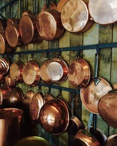 Copper Cookware Dutch Oven Copper Cookware Made In France Copper Pans, French Country Decorating, Country French, French Farmhouse, Copper Kitchen, French Kitchen, Copper Rose, Antique Copper, Interior Design Living Room