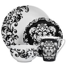 Friday Finds Week 47 2007 Black And White Dishesblack Whitedamask Patternschina