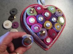 This is a guide about making a heart shaped wall hanging. A heart shaped wall hanging will make a nice addition to your holiday or everyday decor.