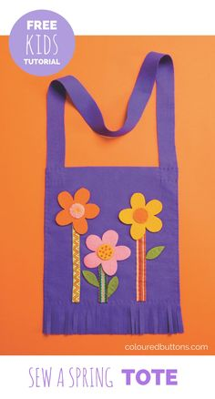 A quick and easy to sew spring flower tote that& fun to make with kids too. A quick and easy to sew spring flower tote thats fun to make with kids too. Bag Patterns To Sew, Sewing Patterns Free, Free Sewing, Sewing Tutorials, Sewing Ideas, Beginners Sewing, Sewing Kits, Sewing Class, Sewing Hacks
