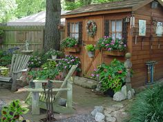 Love this garden shed.