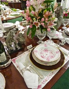 Hilary Geary Ross table for The Fund for Park Avenue  at Scully and Scully