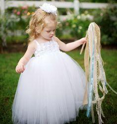 Flower girl with ribbon wand | Cedarwood Weddings