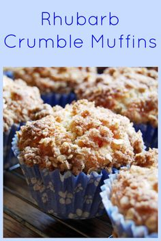 Low FODMAP Recipe and Gluten Free Recipe - Rhubarb crumble muffins Rhubarb Muffins, Rhubarb Cake, Rhubarb Desserts, Baking Recipes, Cake Recipes, Snack Recipes, Snacks, Fodmap Baking, Def Not