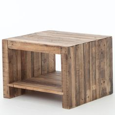 Combining the rustic charm of natural wood with contemporary designs, The Beckowurth Side Table celebrates the craggy charm of snow-capped mountains and clear alpine lakes with high-style furnishings