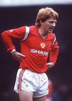 Gordon Strachan Manchester United 1984